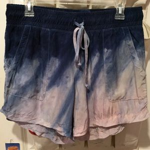 Hard tail slouchy dip dyed shorts